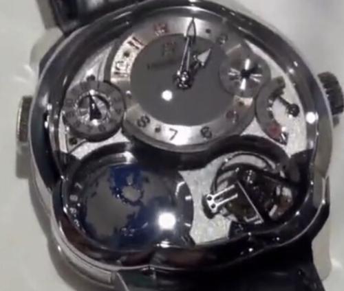 existe maquinaria eta en relojes automaticos